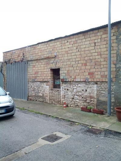 Garage/Posto auto/Deposito in Vendita a Altino