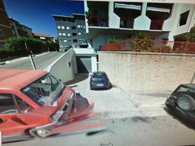 Garage/Posto auto/Deposito in Affitto/Vendita a Vasto