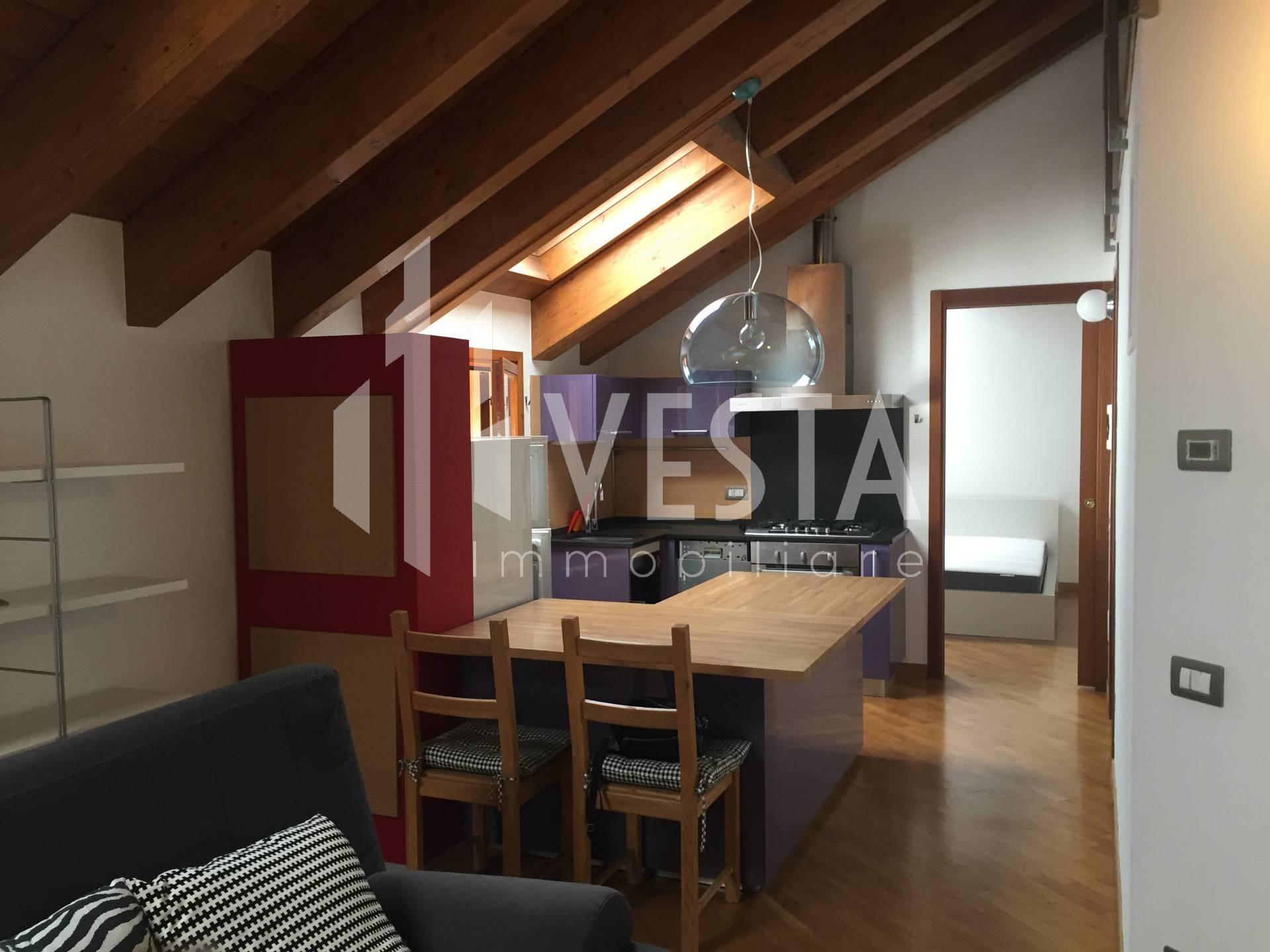 Appartamento in affitto a Santa Maria Hoè, 2 locali, prezzo € 475 | CambioCasa.it