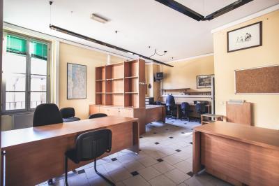 Ufficio in Vendita a Merate