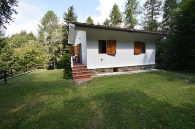 Casa singola in Vendita a Casargo
