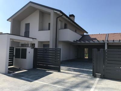 Villa in Vendita a Casatenovo
