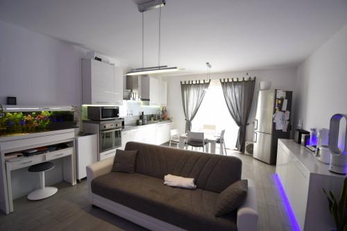 Appartamento in Affitto a Ronco Briantino