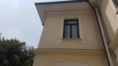 Palazzina Uffici in Vendita a Monza