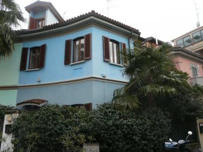 Villa a schiera in Affitto a Milano