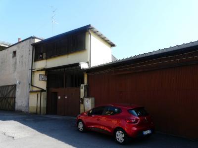 Immobile commerciale ad uso promiscuo in Vendita a Milano