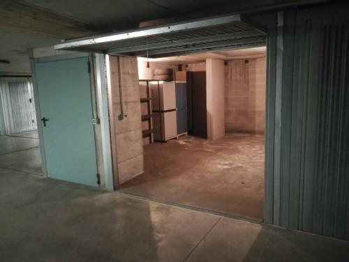 Box o garage in Vendita a San Donato Milanese