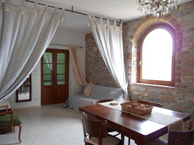 Appartamento in vendita a Seravezza, 3 locali, zona Zona: Fabiano, prezzo € 210.000 | CambioCasa.it