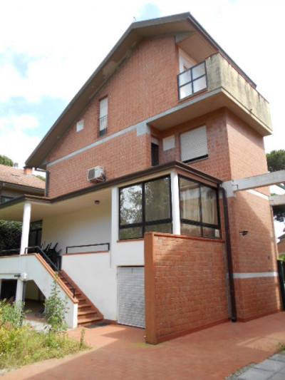 Villa for Sale to Pietrasanta