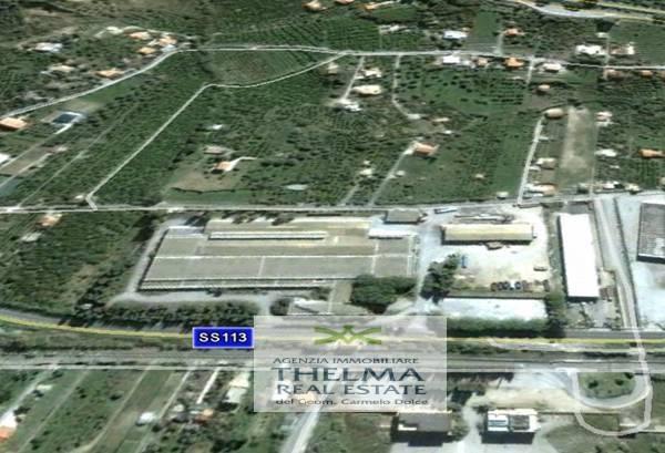 Capannone in vendita a Campofelice di Roccella, 9999 locali, Trattative riservate   CambioCasa.it