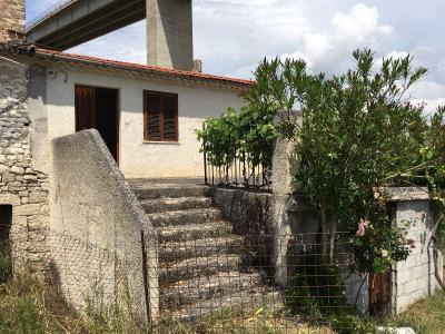 Rustic/House for Sale to Civitanova del Sannio