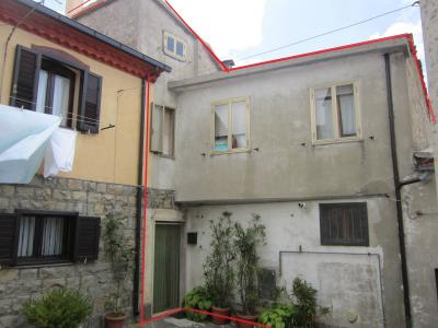 Detached multi-storey house for Sale to Belmonte del Sannio