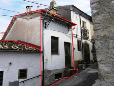 Detached house for Sale to Roio del Sangro