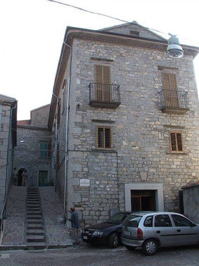 Ancient noble palace for Sale to Belmonte del Sannio