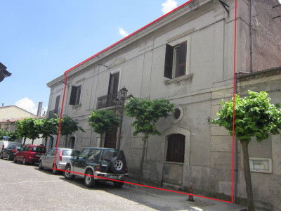 Ancient palace for Sale to Pietrabbondante