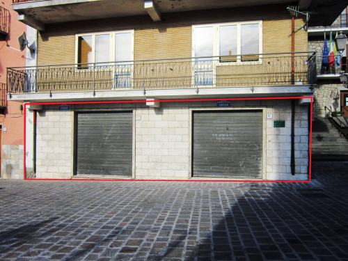 Commercial premises for Sale to Castiglione Messer Marino