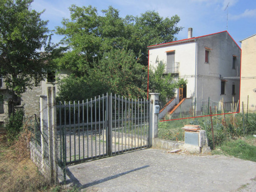 Detached house for Sale to Macchiagodena