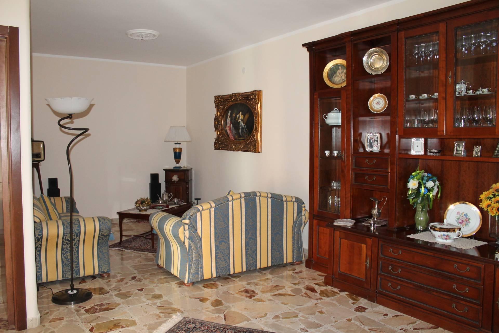 Appartamento in vendita a Sciacca, 5 locali, zona Località: CentroStorico, prezzo € 65.000   PortaleAgenzieImmobiliari.it