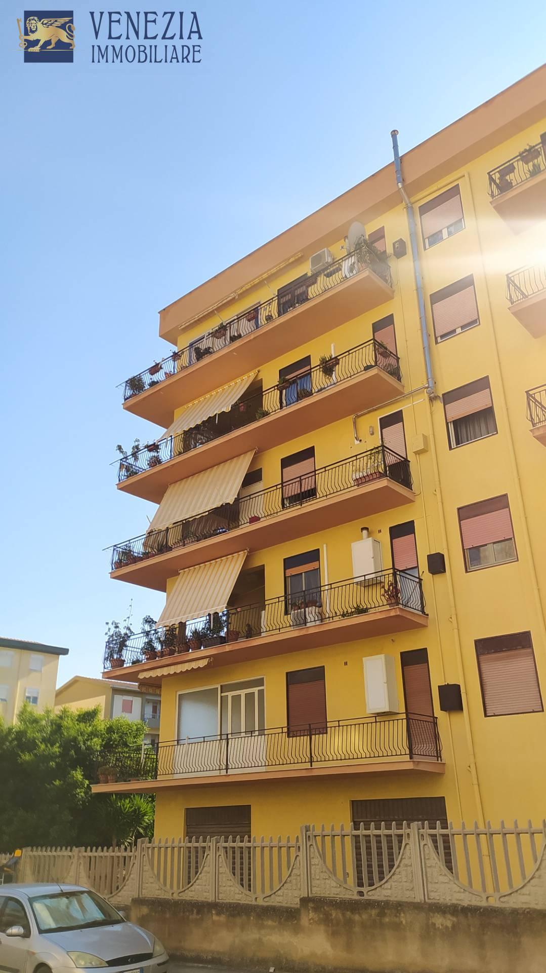 Appartamento in vendita a Sciacca, 8 locali, zona Località: Perriera, prezzo € 175.000   PortaleAgenzieImmobiliari.it