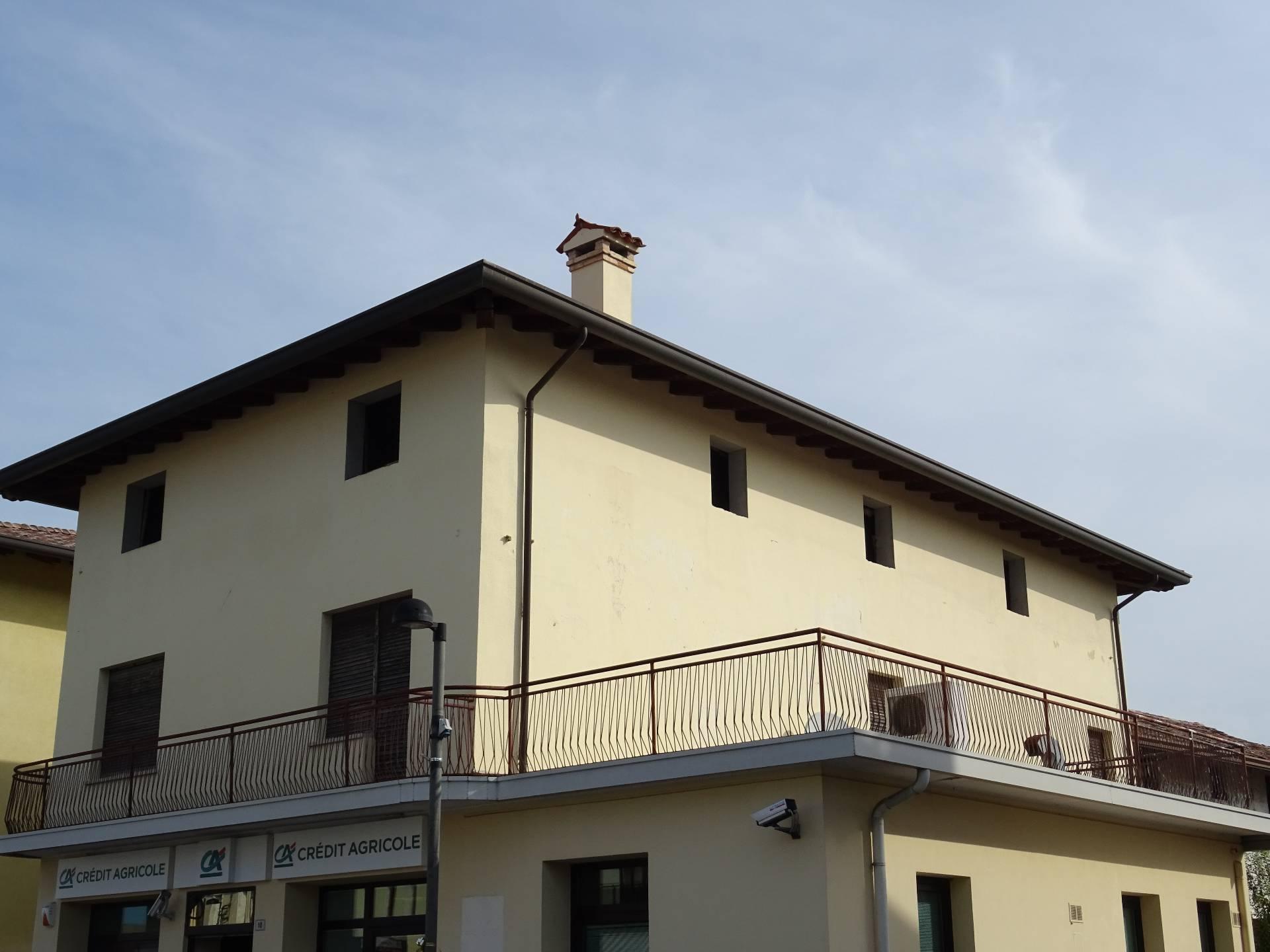 Appartamento in vendita a Carlino, 6 locali, prezzo € 105.000 | CambioCasa.it