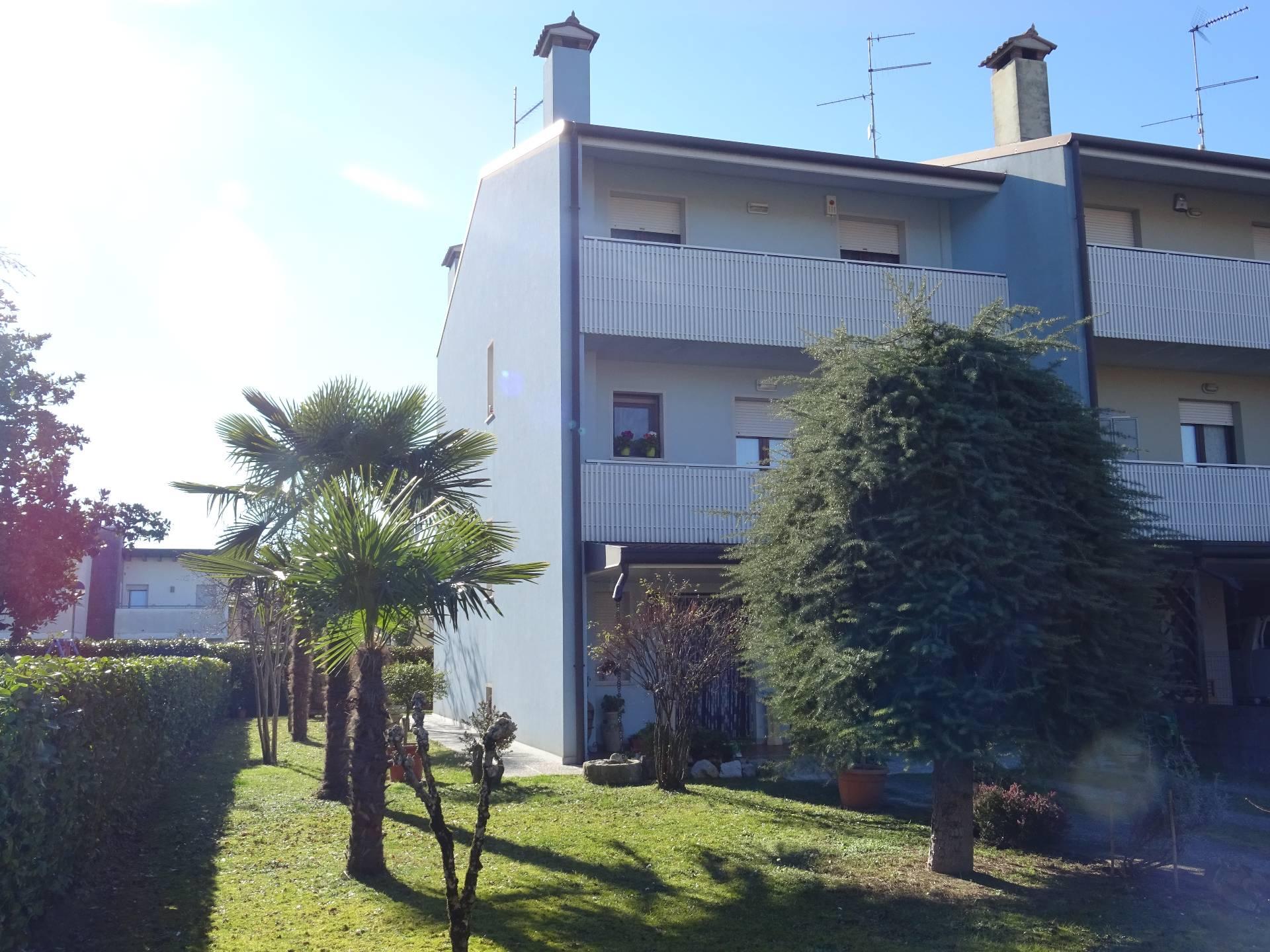 Villa a Schiera in vendita a Muzzana del Turgnano, 6 locali, prezzo € 159.000 | CambioCasa.it