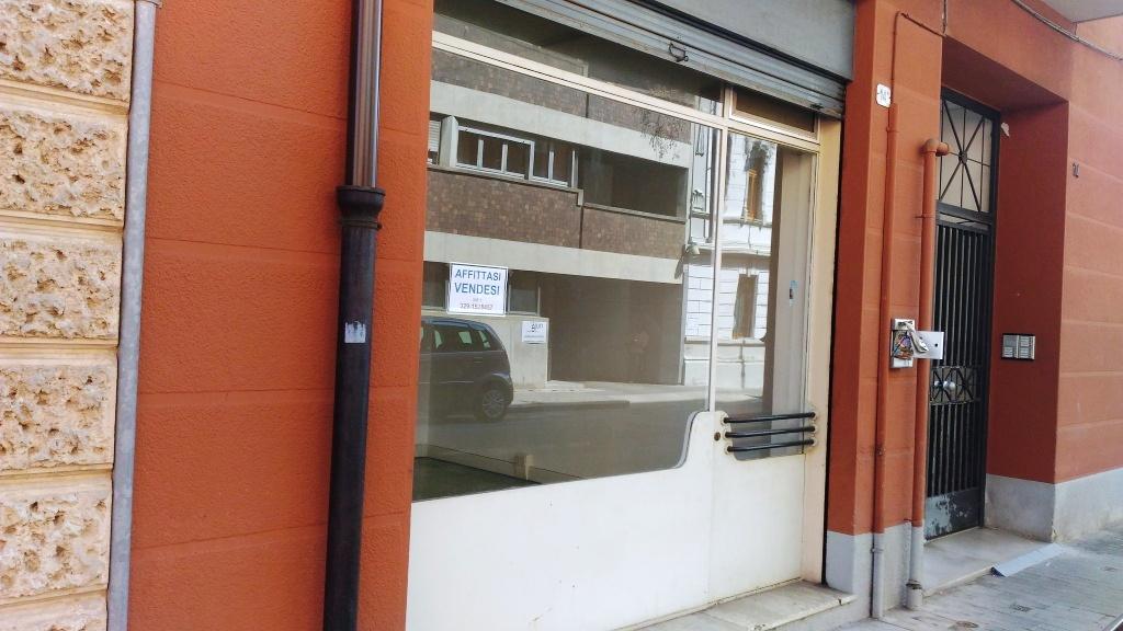 Negozio / Locale in vendita a Udine, 9999 locali, prezzo € 35.000   CambioCasa.it