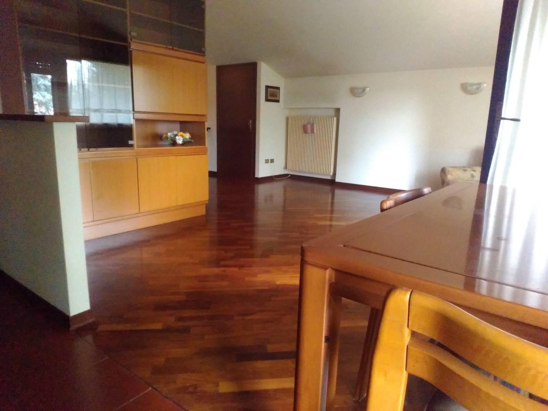 Appartamento in affitto a Martignacco, 4 locali, prezzo € 450 | CambioCasa.it