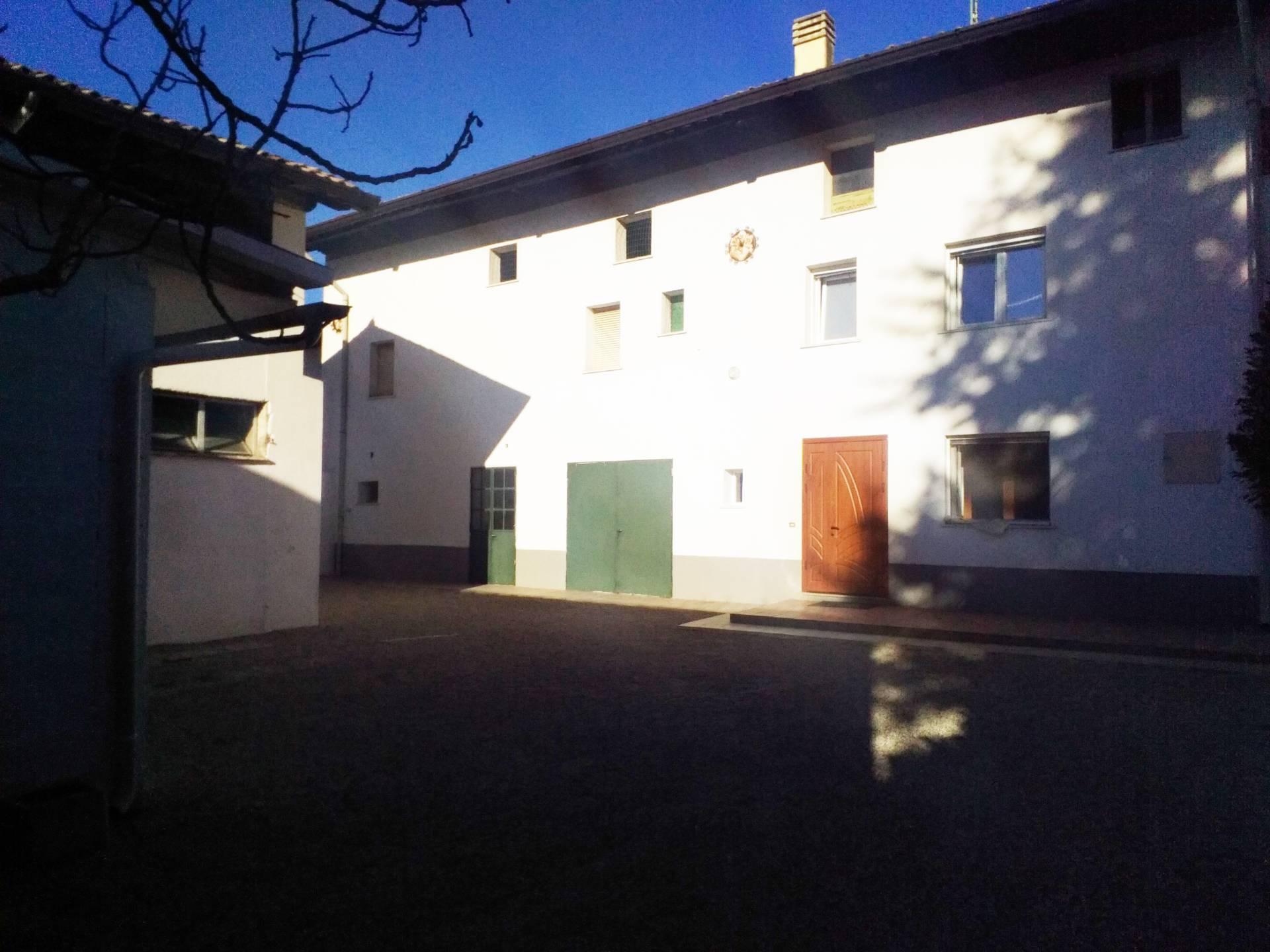 Soluzione Indipendente in vendita a Martignacco, 10 locali, prezzo € 130.000 | CambioCasa.it