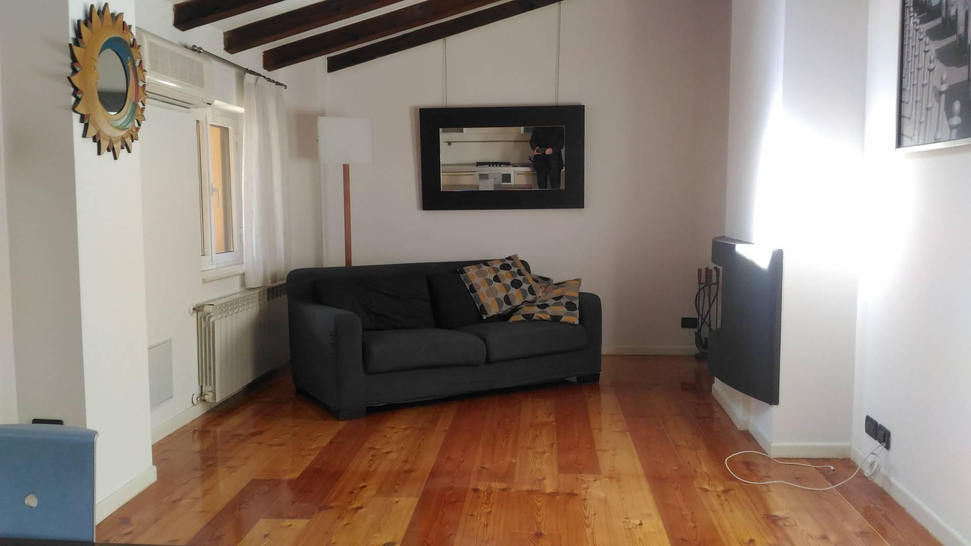 Appartamento in vendita a Tavagnacco, 2 locali, prezzo € 76.000 | CambioCasa.it