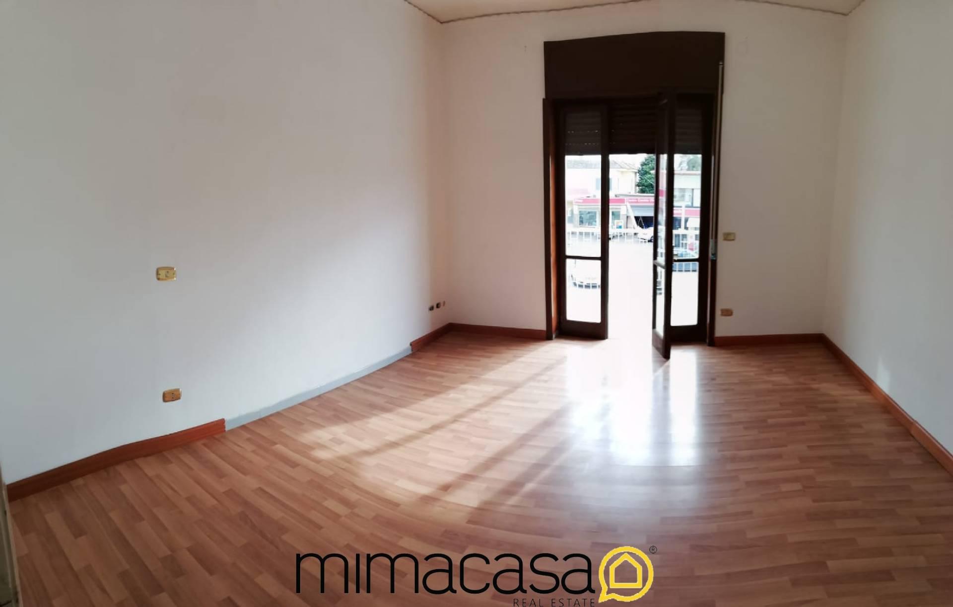 Appartamento in affitto a Mariglianella, 3 locali, prezzo € 400   CambioCasa.it
