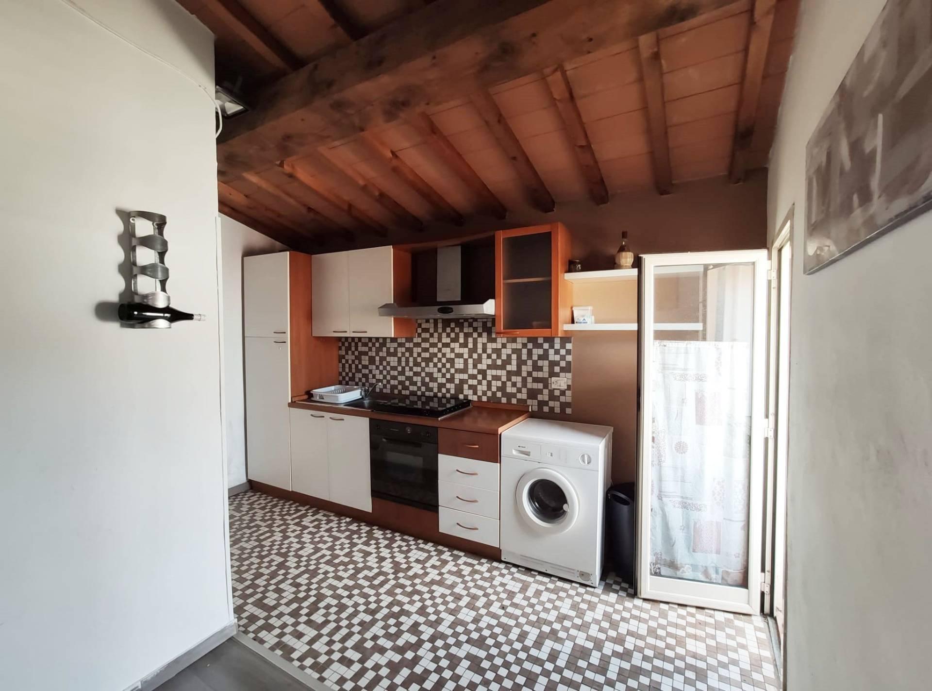Appartamento in affitto a Empoli, 3 locali, zona Località: Ztl-Centro, prezzo € 580 | PortaleAgenzieImmobiliari.it