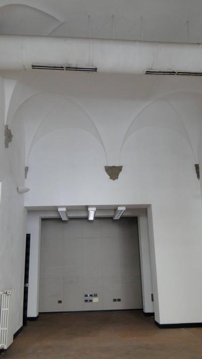 Locale comm.le/Fondo a Empoli (4/5)