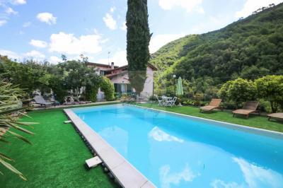 Villa for Sale in Isolabona