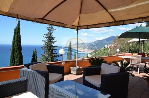 Casa singola in Vendita a Ventimiglia