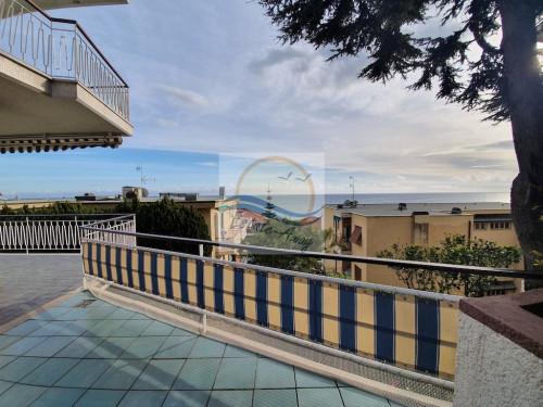 Appartamento in Vendita a Ospedaletti