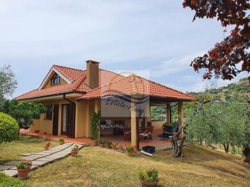 Отдельный дом в Продажа до Bordighera