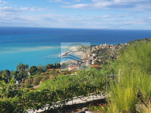 Independent House for Sale in Bordighera