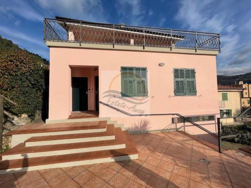 Отдельный дом в Продажа до Camporosso