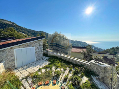 Independent House for Sale in Ventimiglia