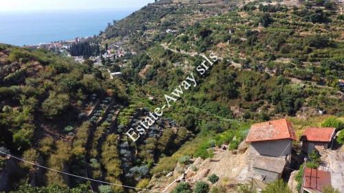 Сельский дом в Продажа до Bordighera