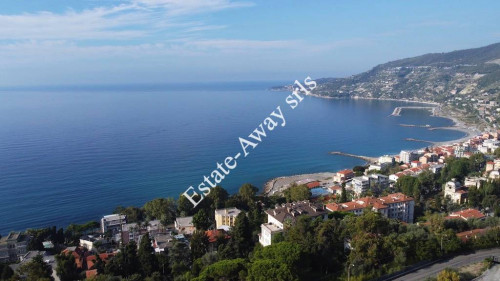 Building plot of land for Sale in Ospedaletti