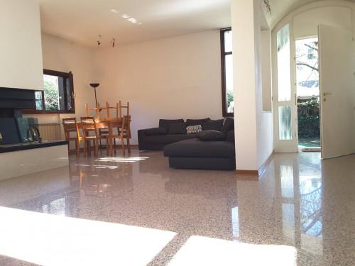 Villa bifamiliare in Affitto a Mogliano Veneto