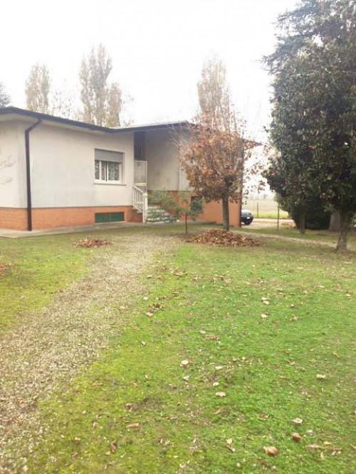Villa a schiera in Vendita a Ostellato