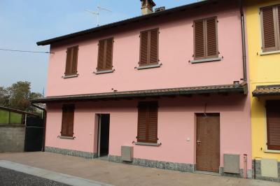 Villa in Vendita a Casaletto Lodigiano