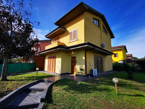 Villa in Vendita a Cornegliano Laudense