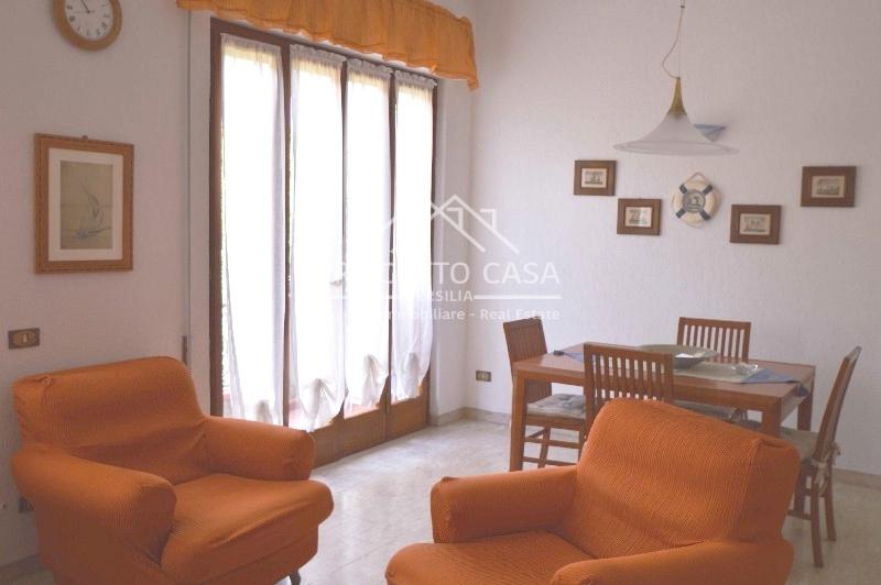 vendita appartamento pietrasanta marina di pietrasanta  430000 euro  6 locali  100 mq