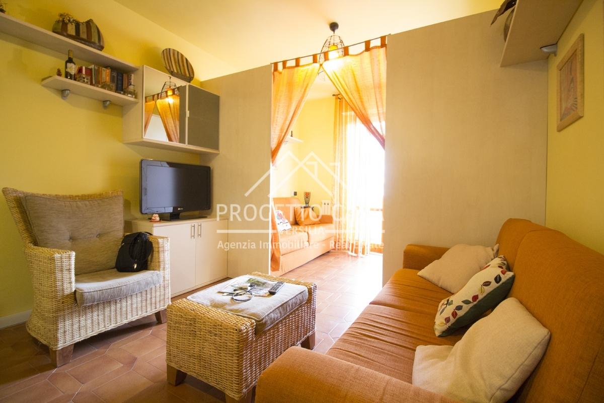 vendita appartamento camaiore lido di camaiore  230000 euro  4 locali  67 mq