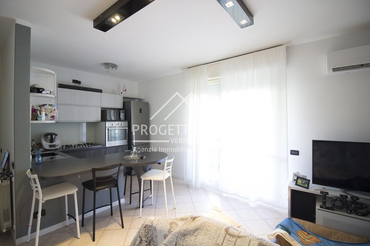 vendita appartamento viareggio migliarina   montramito    170000 euro  2 locali  57 mq