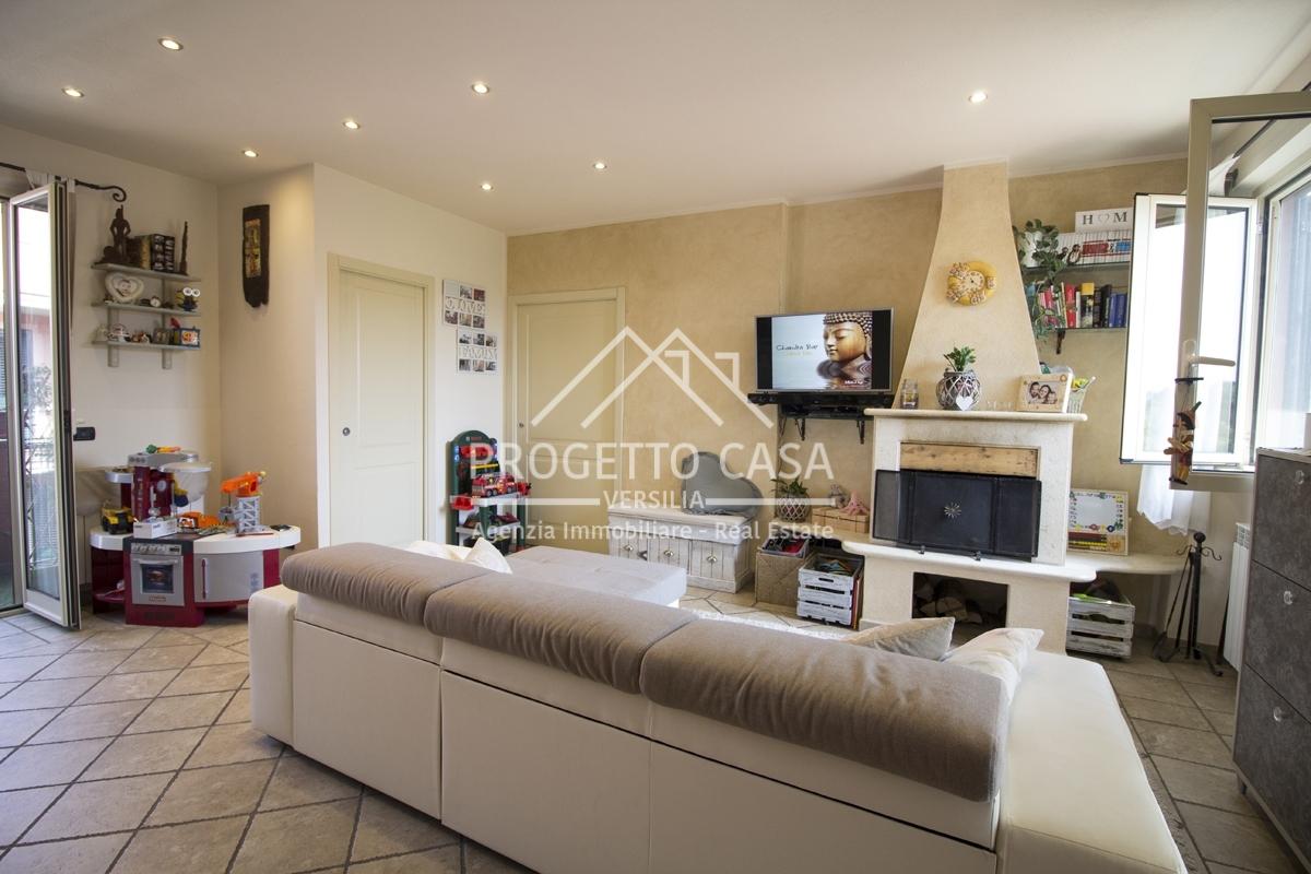 Appartamento in vendita a Massarosa, 4 locali, zona arosa, prezzo € 155.000   PortaleAgenzieImmobiliari.it