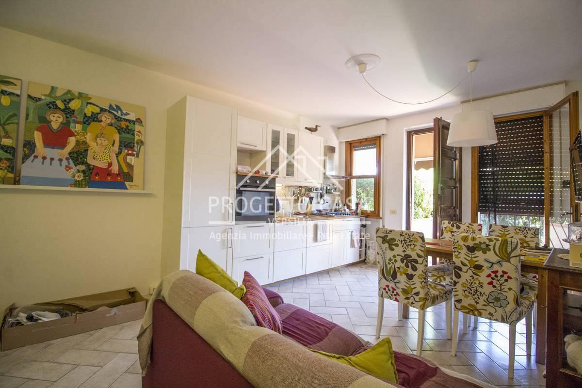 Appartamento in vendita a Camaiore, 5 locali, zona Località: LidodiCamaiore, prezzo € 320.000   PortaleAgenzieImmobiliari.it